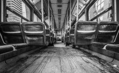 Eine Straßenbahn ohne Gleise